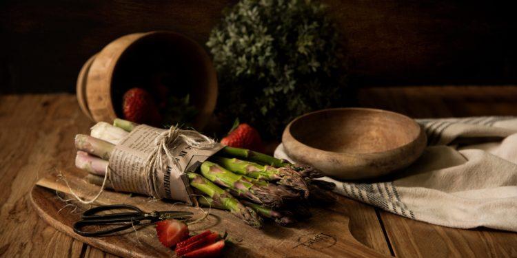 fotografia zioła na stole